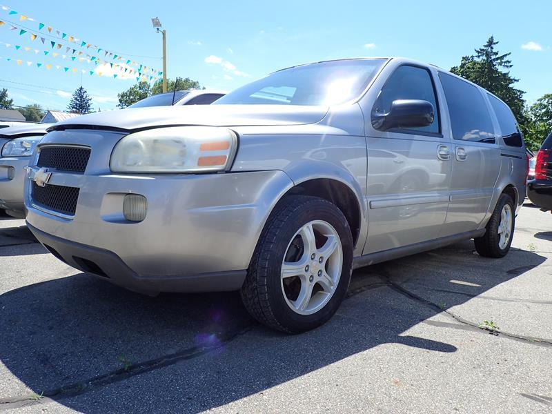 Used 2005 Chevrolet Uplander  silver exterior Stock LS-217100 VIN 1gndv23l85d217100