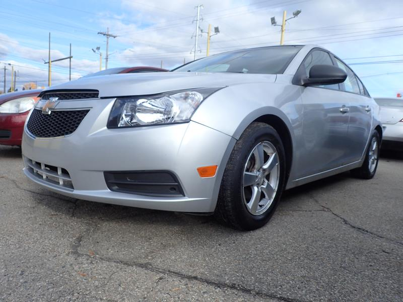 Used 2013 Chevrolet Cruze  silver exterior Stock LS-296376 VIN 1G1PA5SH7D72